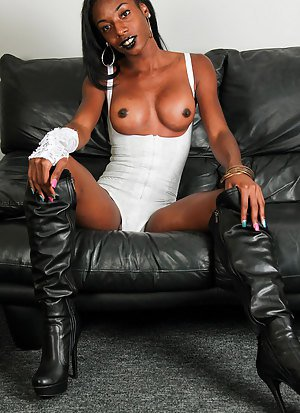 Shemales In Boots Porn