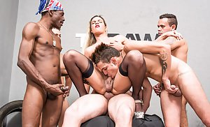 Shemale Groupsex Porn
